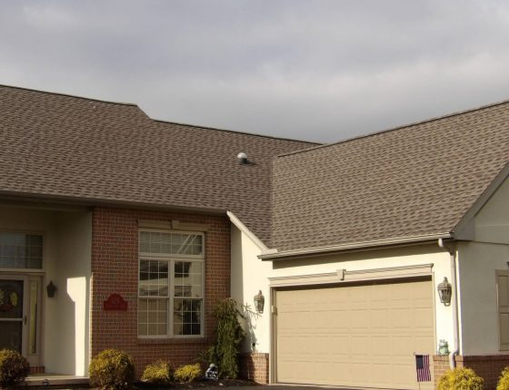 Home Roof Installed by Scenic View Roofing